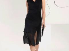高级、神秘、端庄  经久不衰的小黑裙