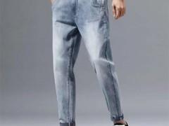 又潮又有范的美酷思牛仔裤 穿上它帅气十足