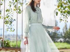 在夏日时光里穿上春美多连衣裙 做一个下凡的仙女