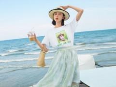 左韩夏天流行随意搭配的半裙穿搭 让你风韵十足