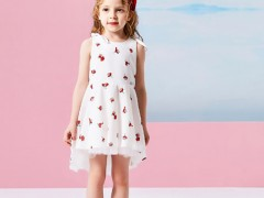 2020年儿童服装市场怎么样?小猪班纳告诉你!