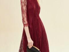 艺梦来秋天适合的裙装搭配 保暖时髦显风韵