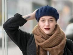 女孩子常戴的高清针织帽款式