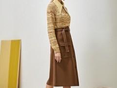 朝花夕拾娇小女生的秋天服装搭配方法 显瘦显高成效非常不错