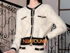 纽方秋冬季节轻熟风服装搭配 典雅温顺的感觉好极了