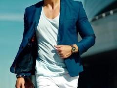 夏天商务男士服装搭配方法和穿着