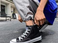 束脚裤应该配什么鞋子?