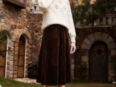 春美多秋冬季节服装搭配指南 一件毛衣搞定你的时髦搭配