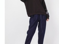 姚领冬天盐系酷女生风服装搭配 清爽减龄又保暖