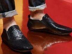 夏季男性上班穿什么鞋子