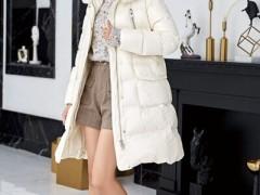 素帛沉闷冬天不加累赘 容易好用的基础款服装搭配 给衣橱减减压