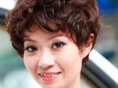 中老年发型图片女短发推荐