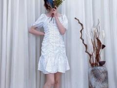 欧出色穿腻了睡衣 今天大家来聊聊春天美美的裙子搭配吧
