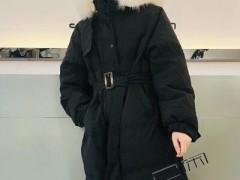 己闲冬天容易舒适又大方服装搭配 少女范十足