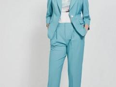 高雅女人的职场服装搭配想法 珂尼蒂思春天新产品上市