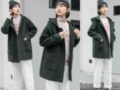 女孩子卫衣搭配什么外套?